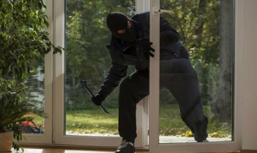 WHAT MUST TO DO IF A THIEF BREAK INTO YOUR HOUSE?