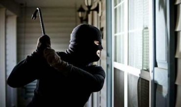 How to respond when the house has stolen, advice from security experts